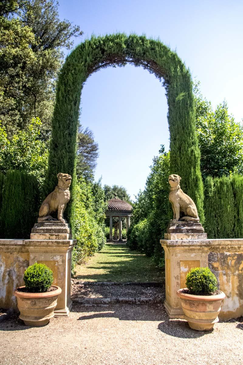 Villa La Pietra, dettagli del giardino (Foto: Caterina Chimenti / Lonely Traveller)