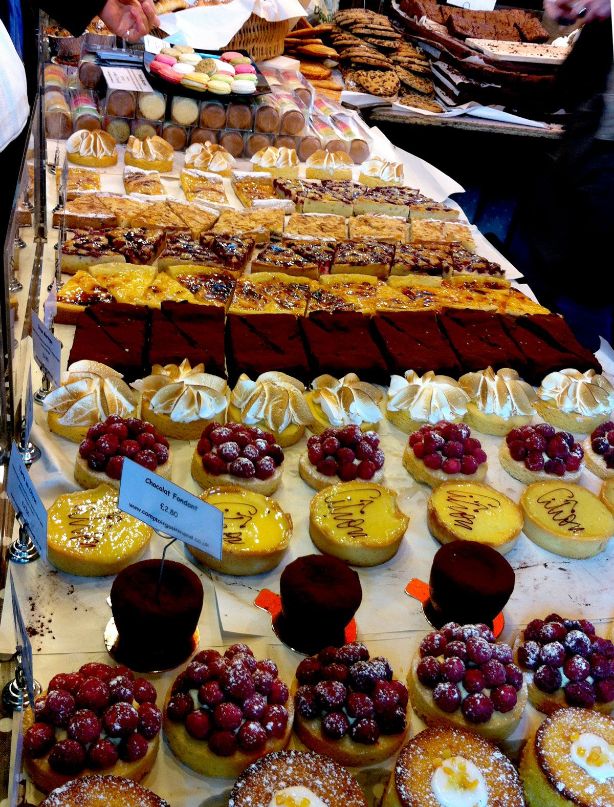 Londra: pranzo gourmet e low cost al Borough Market